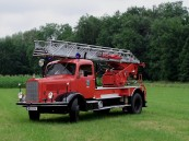 ACHTUNG: Die Feuerwehr kommt!