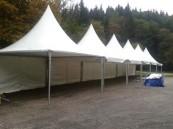 Die ersten Zelte stehen